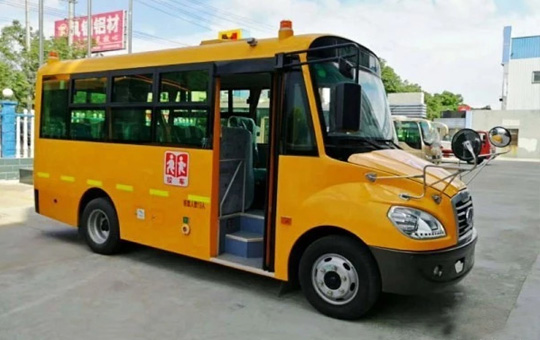 牡丹19座幼儿园校车